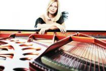 瓦伦蒂娜·李斯蒂莎 现代流行演绎乐坛古典