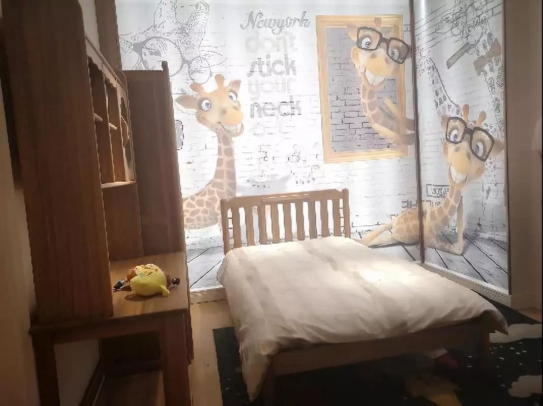 备受市场青睐的阳光芭比诺儿童家具