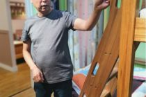 阳光芭比诺:橄榄油刷出儿童家具真环保