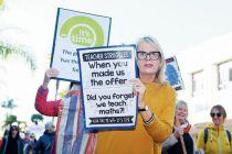 新西兰约5万名教师罢工 蕉蔟部长拒绝加薪请求