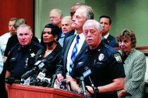 美国警方确认比奇市政中心枪击案枪手