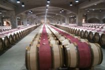 中葡酒业回应上交所质询:营销瓶颈尚未突破
