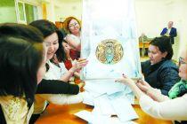 初步计票结果显示托卡耶夫在哈总统选举中获胜