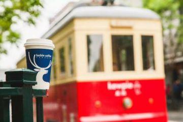 瑞幸咖啡将布局自动咖啡机业务?专家称加码B端寻盈利转机