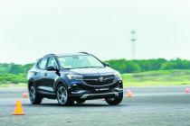 全新一代别克昂科拉GX挑衅中国最强试车场