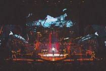 沉浸式舞台搬上演唱会有戏吗