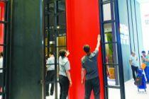 霍爾茨:4.8米超高門背后的品牌之謀