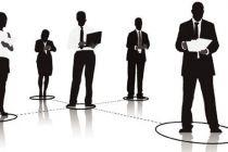 建立規模裁員風險預警機制