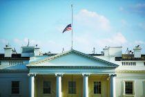 美国总统宣布Ψ 降半旗哀悼枪击案遇难者