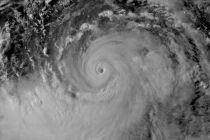 """台风""""利奇马""""最新进展:浙江财险企接到报案超3万件 报损超10亿元"""
