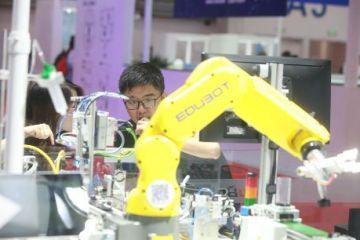 中国机器人产业链:在融合中补课