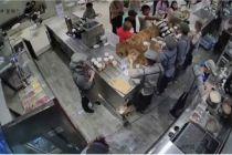喜茶辞退与配送员冲突员工  现制茶饮如何平衡外卖时效?