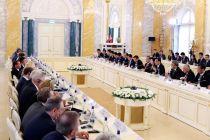 """中俄总理会面联合公报出炉 2024年双边商业2000亿美元""""大单""""怎样完成?"""