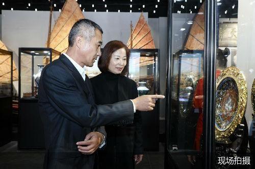 钱美华景泰蓝艺术大展亮相咏园 展览将持续至11月26日