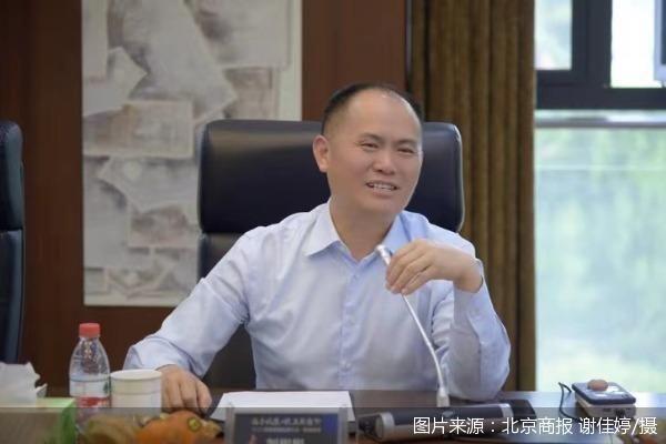 天格地板董事长刘彬彬