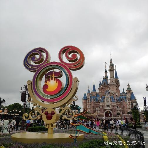 继五周年庆典后上海迪士尼再次调票价 游客能否持续买单?
